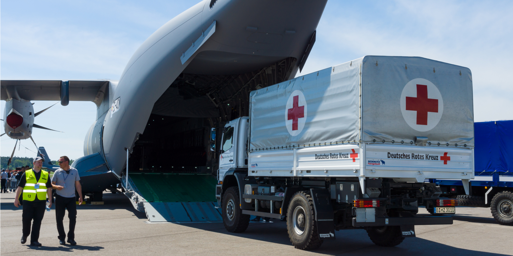 Equity or Minimum Standards in Humanitarian Aid: A Conflict